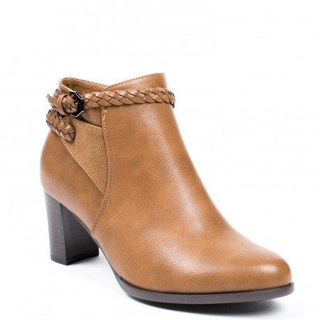 Ideal Shoes - Bottines à talons en similicuir avec ceinturon tressée Angeline Camel