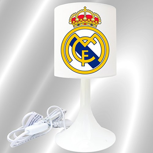 lampe-de-chevet-de-creation-kikoucat-lampe-a-poser-enfant-foot-real-madrid