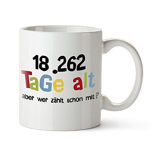 Casa Vivente Tasse mit Aufdruck - Alter in Tagen - Zum 50. Geburtstag - Kaffeebecher aus Keramik - Farbe: Weiß - Geschenkideen für Männer und Frauen - Füllmenge: 300 ml (Für 50 Geburtstag Geschenk-ideen Frauen)