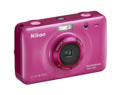 Nikon Coolpix S30 Digitalkamera (10 Megapixel, 3-fach opt. Zoom, 6,7 cm (2,7 Zoll) Display, bildstabilisiert, wasserdicht bis 3m) pink