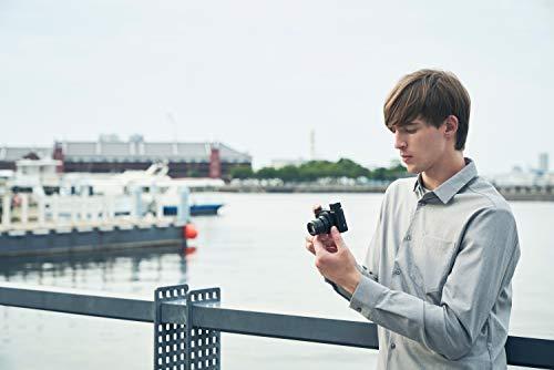 Sony DSC-HX99 Fotocamera Compatta con Sensore CMOS Exmor R, 18.2 MP, Processore BIONZ X, Obiettivo Zeiss 24-720 mm, Zoom ottico 28X, Schermo Touch LCD 3'' Orientabile, Mirino OLED, Nero