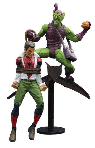 Diamond Select Toys Marvel Select: Classic Green Goblin vs. Spider Man Action Figure 1
