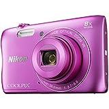"""Nikon 999S3700S2 - Kit cámara digital Coolpix S3700 de 20.1 MP, zoom 8X HD, LCD de 2.7"""" + gorro con auriculares + funda de neopreno"""