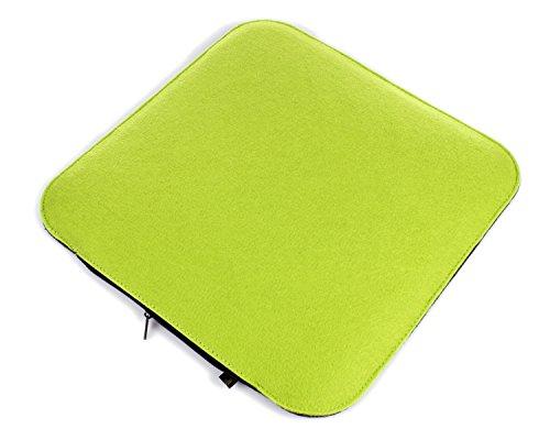 Filz Sitzkissen in grasgrün und dunkelgrau zum Wenden, waschbare Stuhlauflage mit Füllung inkl. Reissverschluss. Moderne Sitzauflage für Bank und Stuhl mit runden Ecken, weich gepolstert. Designer Sitzpolster / Filzauflage, quadratisch ca. 35x35cm groß