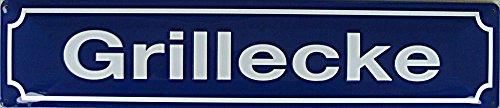 Grillecke - Fun Strassennamen Strassenschild Größe 46 x 10 cm Schild ist gewölbt und hochwertig im Schriftzug durch Prägung hervorgehoben ! Incl 4 vorgebohrten Löchern für eine eine einfach Befestigung !