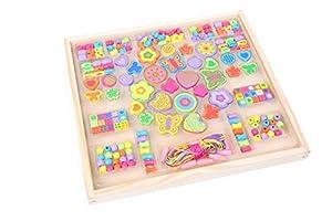Small Foot 10735 - Abalorios para Collares y Pulseras (Madera de Colores, con Motivos Florales y Mariposas, Diferentes tamaños, en Caja de Madera para Almacenamiento, Trenes de la disteridad)
