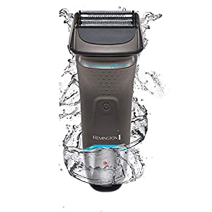 Remington Men's F7 Ultimate Series Foil Electric Waterproof Shaver with 5 Minute Quick Charge - XF8505