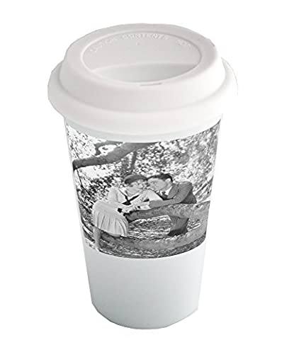 Coffee cup with People are doing romance. people, woman, man, romance, tree, alfresco, smiling, heteroseksual couple, leaning, sweetheart,