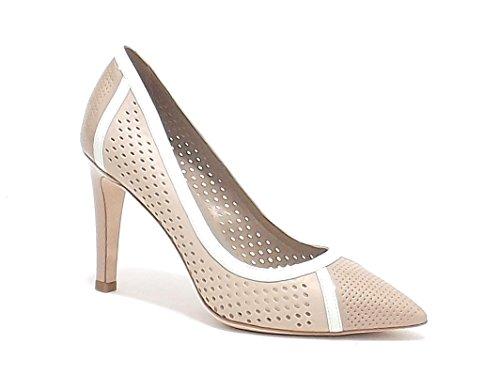 Barachini scarpe donna, modello 4081, decoltè in pelle traforata e vernice, colore cipria bianco latte
