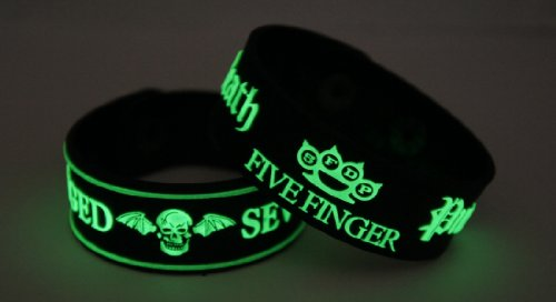 Avenged Sevenfold Five Finger Death Punch 2pcs NEU. Glow In The Dark Wristband 2 X 49 G124