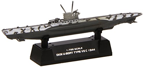 Easy Model 37316 - DKM U-Boot German Navy Typ VII C (Kit Pre-painted)