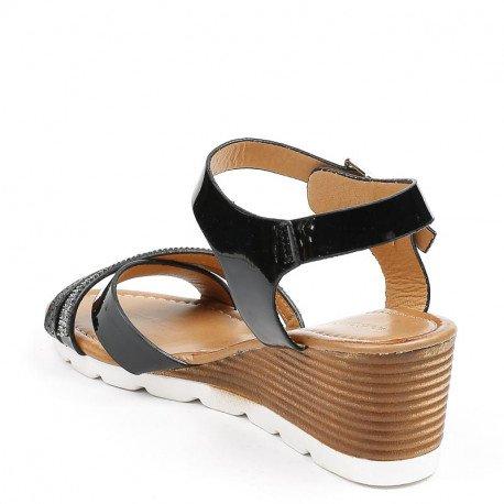 Ideal Shoes - Sandales compensées vernies à strass Rebecca Noir