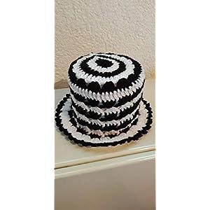 (1) Klopapierhut Klohut Toilet paper hat in Schwarz und Weiß gehäkelt Auto Fußball Kult Geschenk Sport Scherzartikel
