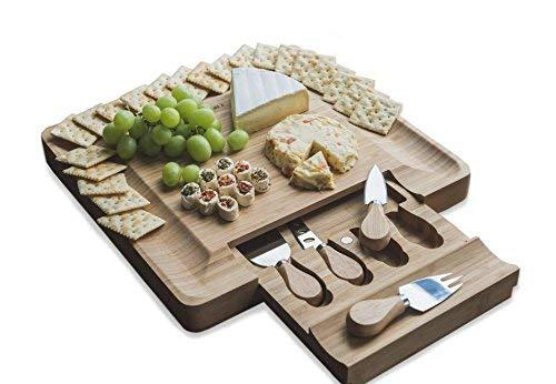 Käsebrett aus natürlichem Bambus, sichere Ausschiebung, magnetische Verschlüsse, Schublade mit extra Käsewerkzeug, Besteckmesser-Set, gerillte Kanten, für Speisen, Weinverkostung, Party, Abendessen - Gerillte Holz