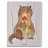 Mr. & Mrs. Panda 125x155cm Kuscheldecke Otter Blumenstrauß