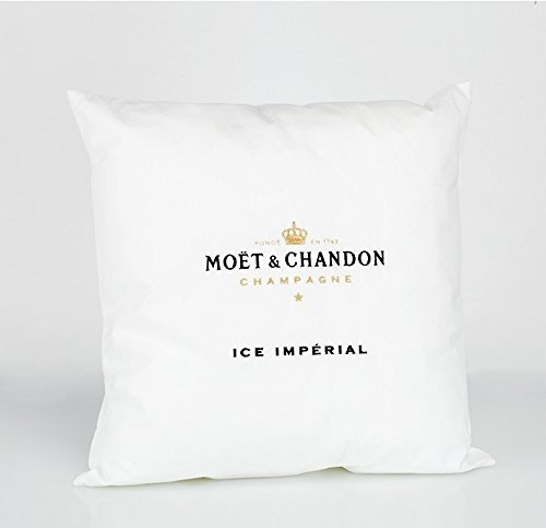 moet-chandon-ice-imperial-lounge-kissen