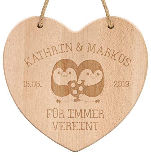 LAUBLUST Holzherz Motiv Pinguin-Paar - Personalisiert mit Individueller Wunsch-Gravur - 24x24cm, Natur - Dekorative Holztafel mit Halteseil | Deko-Tafel | Hochzeitsgeschenk | Wand-Schild für ()