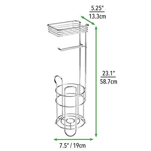 mDesign Portarrollos de papel higiénico con estante - Elegante dispensador de papel higiénico de metal - Porta rollos de pie con espacio para 3 rollos de papel higiénico - plateado