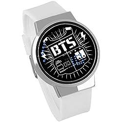 HuaDingTech BTS Reloj atlético Tiro Juego Noche luz Touch LED Creativo electrónico Estudiante Reloj para niños y niñas Pulsera Regalo de Recuerdo,White