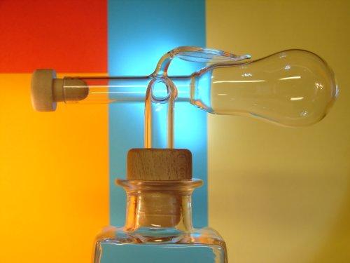 Glasausgießer, Birnenform, Glaskugelportionierer, Portionierer, Dosierer, Schnapsspender 3cl
