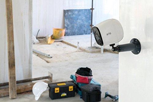 41LiEBq%2ByDL [Bon Plan Amazon] Arlo Go -  Caméra de sécurité HD Mobile via SIM 3G/4G - idéal pour les zones sans wifi - vision nocturne HD, Son bidirectionnel l VML4030-100PES