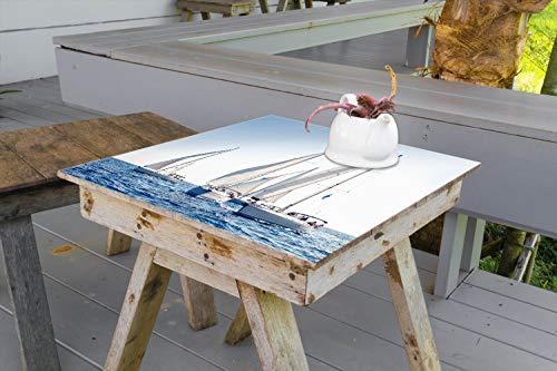 Wallario Aufkleber Selbstklebende Garten-Tisch-Decke - Segelschiff auf dem Meer in 90 x 90 cm -