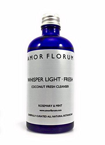 DESMAQUILLADOR - ACEITE DE COCO con ROMERO Y MENTA - 100 ml - por AMOR FLORUM. Aceite de coco puro, natural y fraccionado. Un lujoso aceite para la piel de la màs alta calidad. Un efectivo limpiador e hidratante para la cara, el cuerpo, el cabello y los labios. Se absorbe ràpidamente en la piel, dejàndola con una sensaciòn no grasosa, pero hidratada y enriquecida.