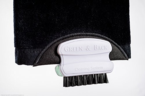 golf-club-brush-groove-cleaner-ingenious-golf-towel-with-its-integrated-groove-cleaning-brush-by-gre