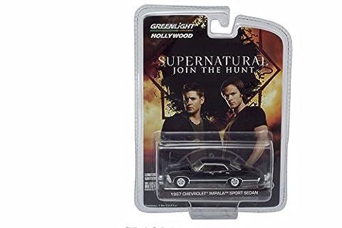 Greenlight 1:64 1967 Chevrolet Impala Sedan 'Supernatural' schwarz