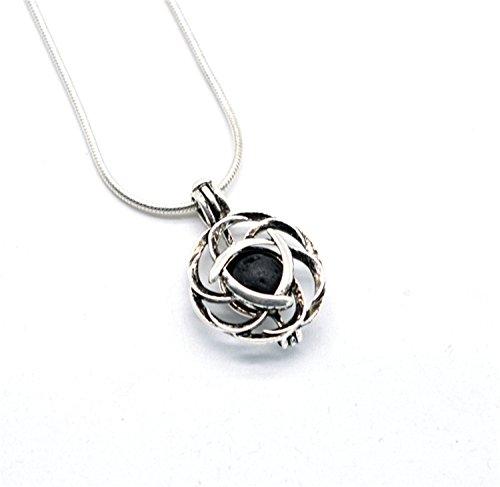 Julie Wang, collana con ciondolo a forma di nodo celtico, con pietra lavica. Collana gioiello con diffusore di oli essenziali per aromaterapia