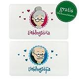 MyOma Oma Opa Geschenkideen * Oma und Opa Frühstücksbrettchen * Oma Opa Schneidebrettchen spülmaschinenfest 25x15cm + Gratis Karten – Oma Opa Geschenkset Weihnachten Weihnachtsgeschenke Großeltern