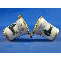 En porcelaine anglaise de collection avec dé Aiguilles Machine à coudre avec housse de couette