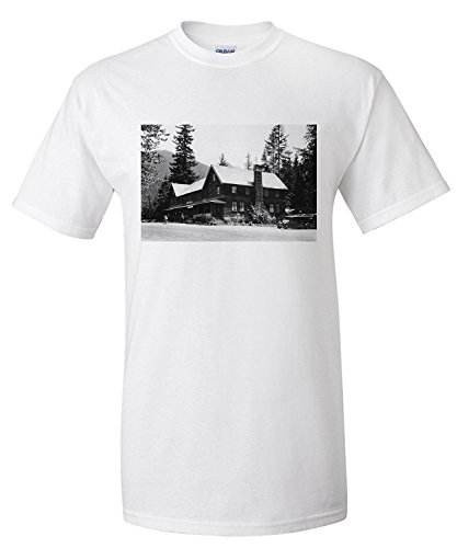 rainier-national-park-national-park-inn-view-photograph-premium-t-shirt