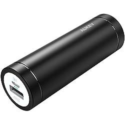 AUKEY Mini Bateria Externa 5000mAh, Cargador Portatil con Port Salida USB 2A para iPhone X/ 8/ Plus/ 7/6s, Samsung S8+/ S8, iPad y más (Negro)