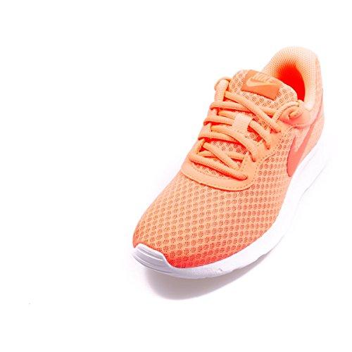 Nike Wmns Tanjun, Chaussures de Sport Femme Orange