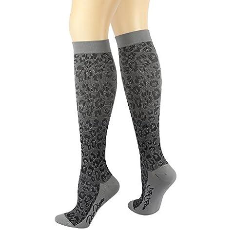 RioRiva 15-20mmHg Sports Compression Socks for Women & Men 1 Pair Stocking for Flight, Maternity, Athletics, Travel, Nurses - Medical Care Grade for Shin Splints, Calf and Leg Pain - Running Socks (CSK01M-leopard print, M: UK4-7 /