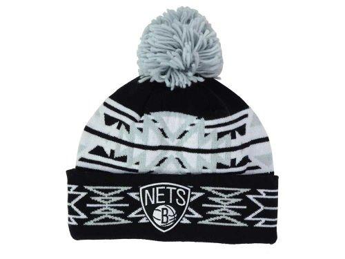 Mitchell & Ness Cuffed Basketball Beanie Hat mit Pom-NBA Knit Toque Gap, Unisex Damen Jungen Herren, Brooklyn Nets - Geotech