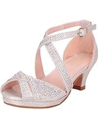 a4d256e30 Cambridge Select Sandalia de tacón bajo con Tiras Cruzadas y Diamantes de  imitación para niñas (