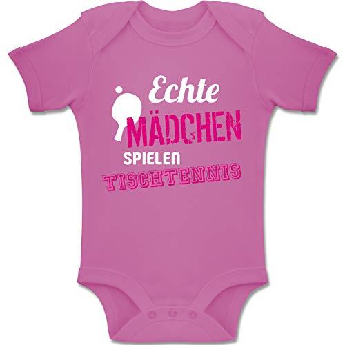 Sport Baby - Echte Mädchen Spielen Tischtennis - 3-6 Monate - Pink - BZ10 - Baby Body Kurzarm Jungen Mädchen