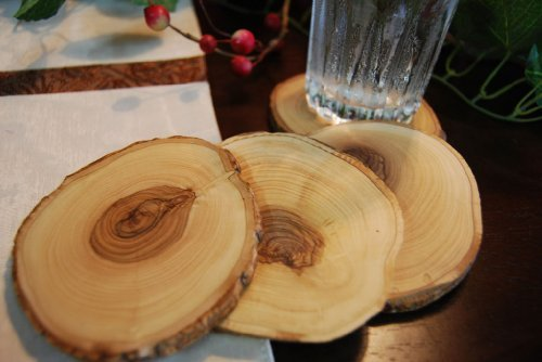 from-the-earth-olive-wood-natural-coaster-set-of-4-fair-trade-handmade-by-fete-from-earth-to-earth