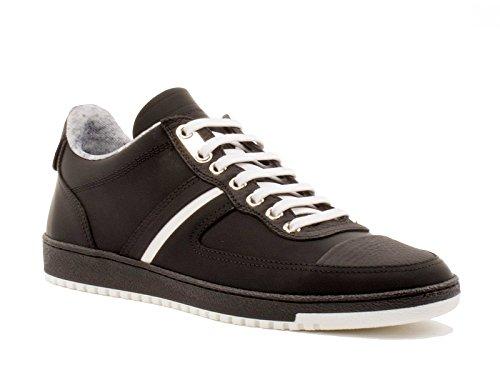 basket-dior-homme-en-veritable-cuir-veau-noir-code-modele-3sn141wui-taille-45-eu-11-uk