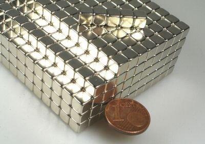 Preisvergleich Produktbild 20 Neodym-Supermagnete-Würfel 5 mm