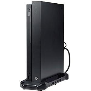 AmazonBasics – Vertikaler Ständer und USB 3.0 Hub für die Xbox One X, Schwarz