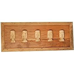 Cuadro de madera rústica tallada de moais