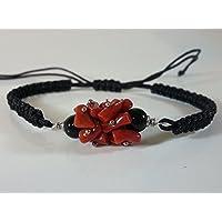 Bracciale cordoncino treccine corallo rosso e agata nera