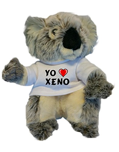Koala personalizada de peluche (juguete) con Amo Xeno en la camiseta (nombre de pila/apellido/apodo)
