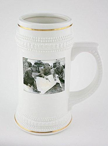 beer-mug-with-golden-rim-of-left-to-right-brig-gen-li-hsueh-pin-lt-gen-soong-hsi-lien-and-brig-gen-c