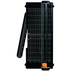 Fiskars Massicot SureCut A4 - 30 cm, Recyclée, Lame avec revêtement en titane, Écologique, 1004639