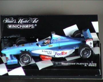 Benetton Playlife B198, A. Wurz, 1:43 MINICHAMPS 430980006
