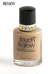 Revlon Touch and Glow Moisturising Makeup, Natural Mist (20ml)